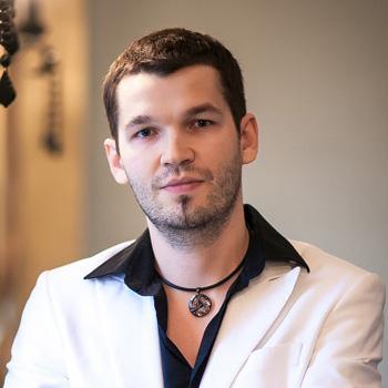 Руководитель Сергей Белый