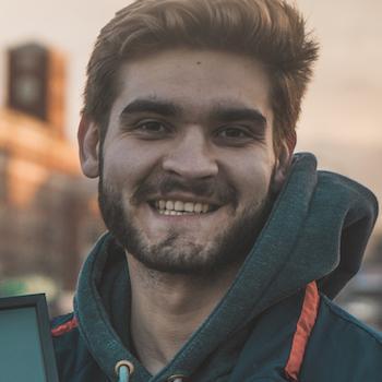 видеомонтажер Виталий Драйк